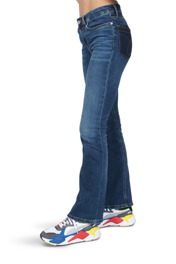 Calvin Klein Girls Jeans MR Flare 911
