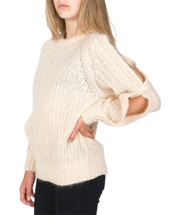 Little Remix Strik Vicki Off Shoulder Nude