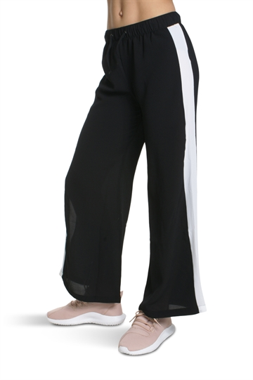 LMTD Girls Wide pant Black Ovala