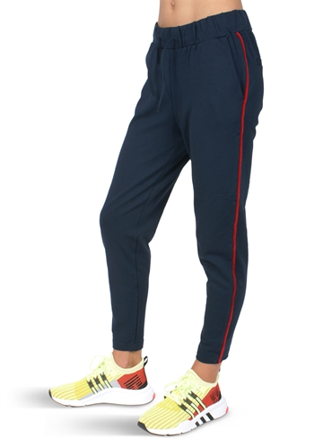 LMTD Josselu Pant navy/red