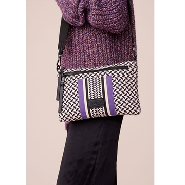 Lala Berlin Crossbody Zabiana Purple