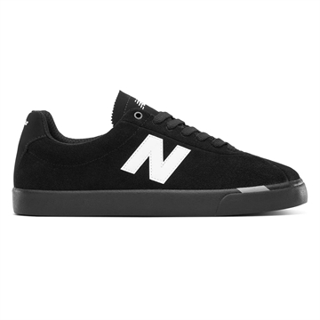 New Balance Numeric NM22  Black / White NM22BLW